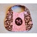Pieced Quilted Monogram Bib In the Hoop